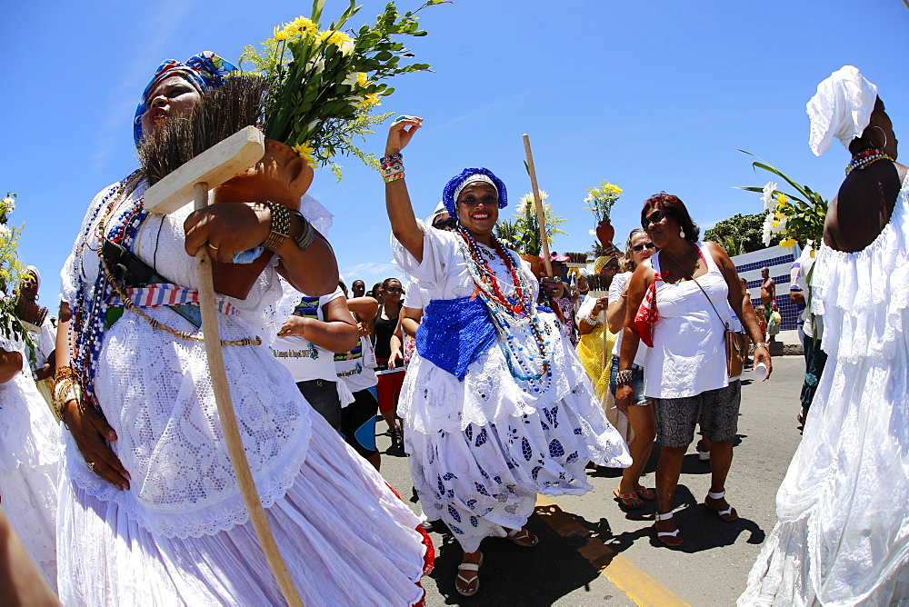 Procession before the Lavagem, washing of the steps of Itapua church, Salvador, Bahia, Brazil, South America