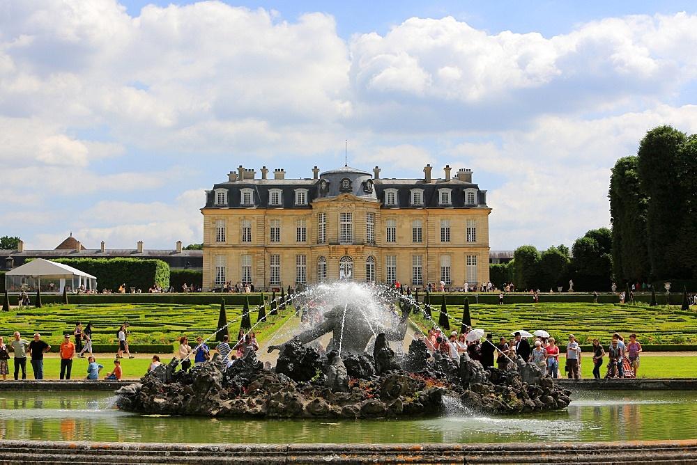 Champs-sur-Marne Chateau, Seine-et-Marne, Ile de France, France, Europe