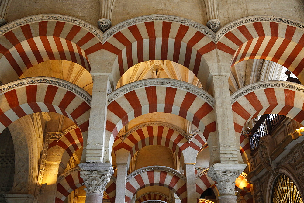 Arches of the Mosque (Mezquita) and Cathedral of Cordoba, UNESCO World Heritage Site, Cordoba, Andalucia, Spain, Europe
