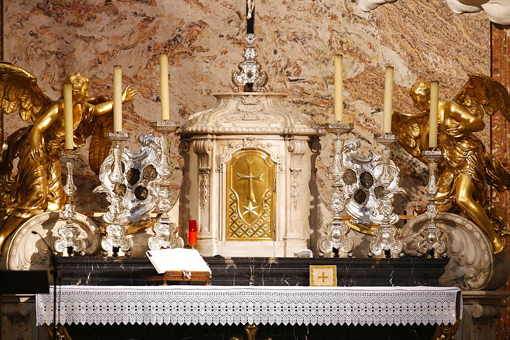 Altar and tabernacle, Karlskirche (St. Charles's Church), Vienna, Austria, Europe