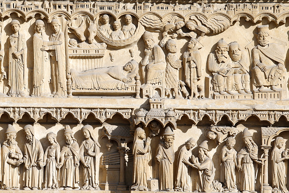 Life of the Virgin Mary, St. Anne portal, Western facade, Notre Dame de Paris Cathedral, Paris, France, Europe