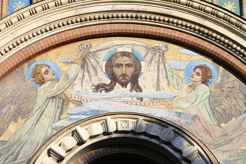 Facade mosaic of two angels supporting a Vernicle with the image of Christ, by Viktor Mihajlovic Vasnecov, Church of Our Saviour on Spilled Blood, St. Petersburg, Russia, Europe