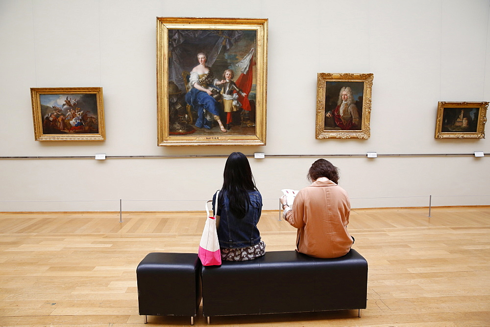 Young visitors in the Lille Fine Art Museum, Lille, Nord, France, Europe