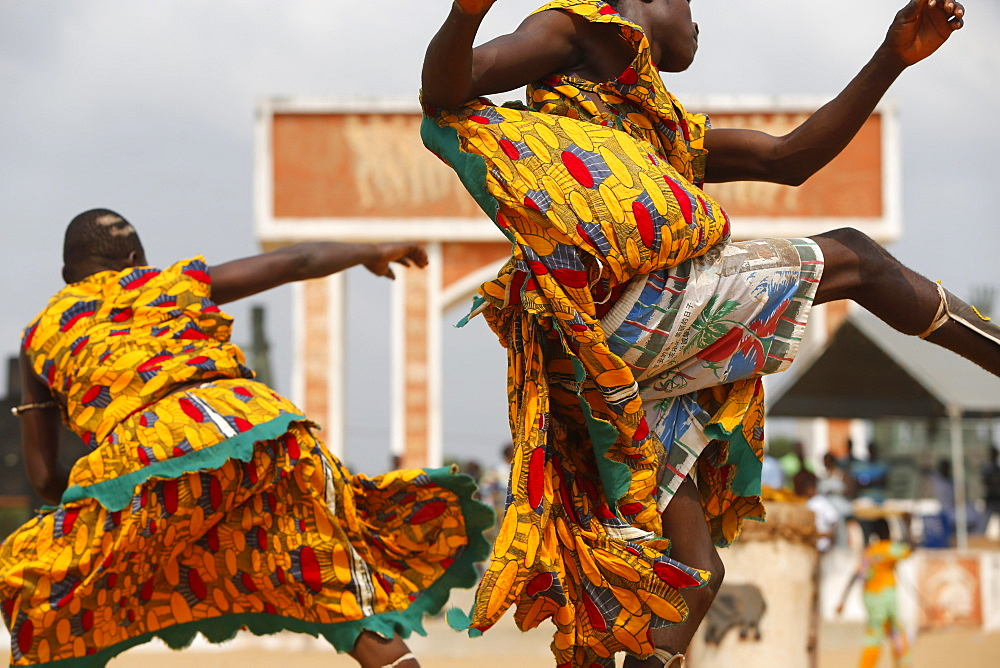 Devotees of Sag bata (Sakpata) the Voodoo god of death, disease and pestilence, dancing at the Ouidah Voodoo festival, Ouidah, Benin, West Africa, Africa