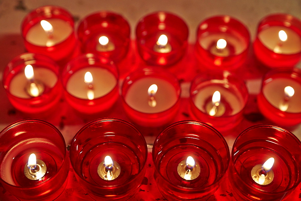 Catholic church candles, Antony, Hauts-de-Seine, France, Europe