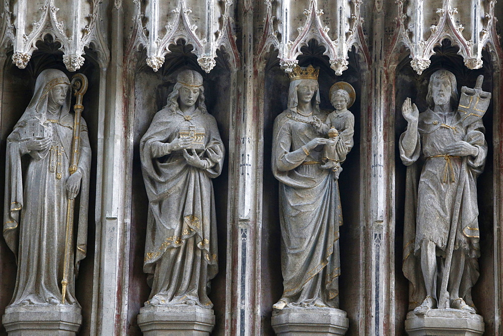 Statues in the University Church of St. Mary the Virgin, Oxford, Oxfordshire, England, United Kingdom, Europe