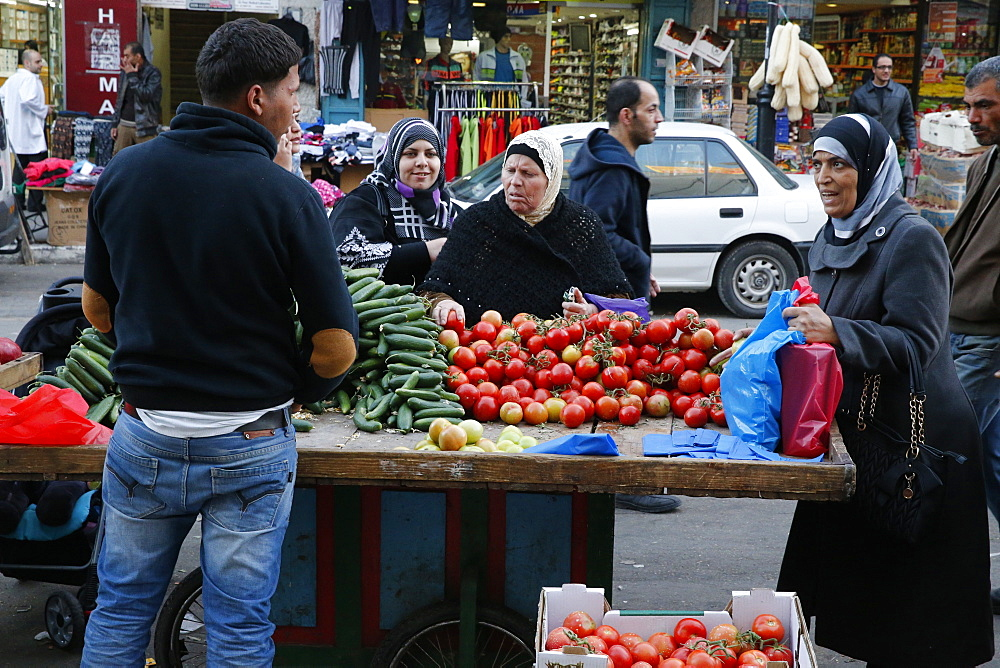 Vegetable stall in Ramallah, West Bank, Palestinian Territories, Middle East