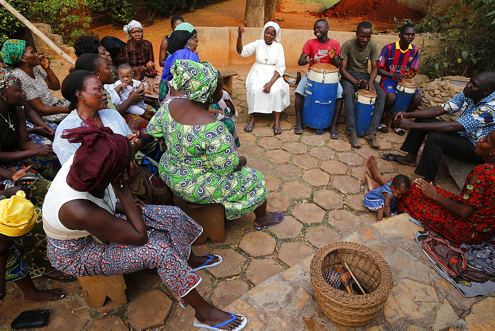 Catholic choir rehearsing, Bohicon, Zou, Benin, West Africa, Africa