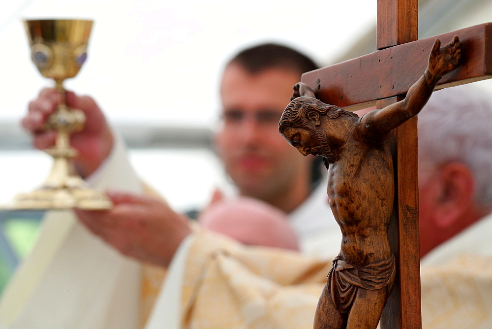 Visitation monastery, Catholic Mass, Eucharist, Thonon-les-Bains, Haute-Savoie, France, Europe