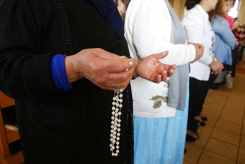 Mass in Saint Thomas's Chaldean Church, Sarcelles, Va; d'Oise, France, Europe