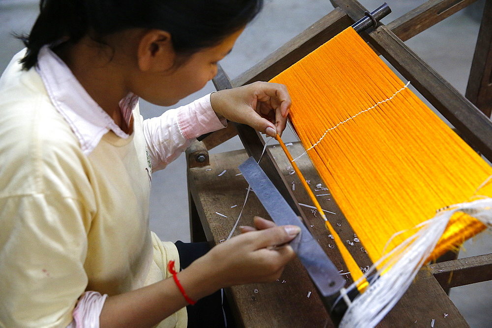 Les Artisans d'Angkor silk workshop, Cambodia, Indochina, Southeast Asia, Asia