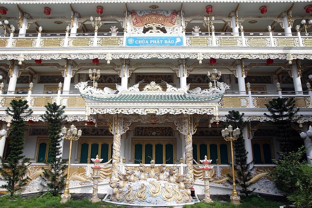 Chua Phat Bao Buddhist temple, Ho Chi Minh City, Vietnam, Indochina, Southeast Asia, Asia