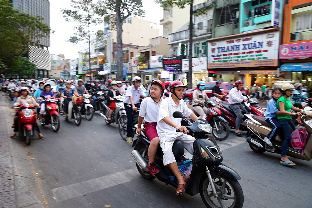 Motorcycles on Saigon Street, Ho Chi Minh City, Vietnam, Indochina, Southeast Asia, Asia