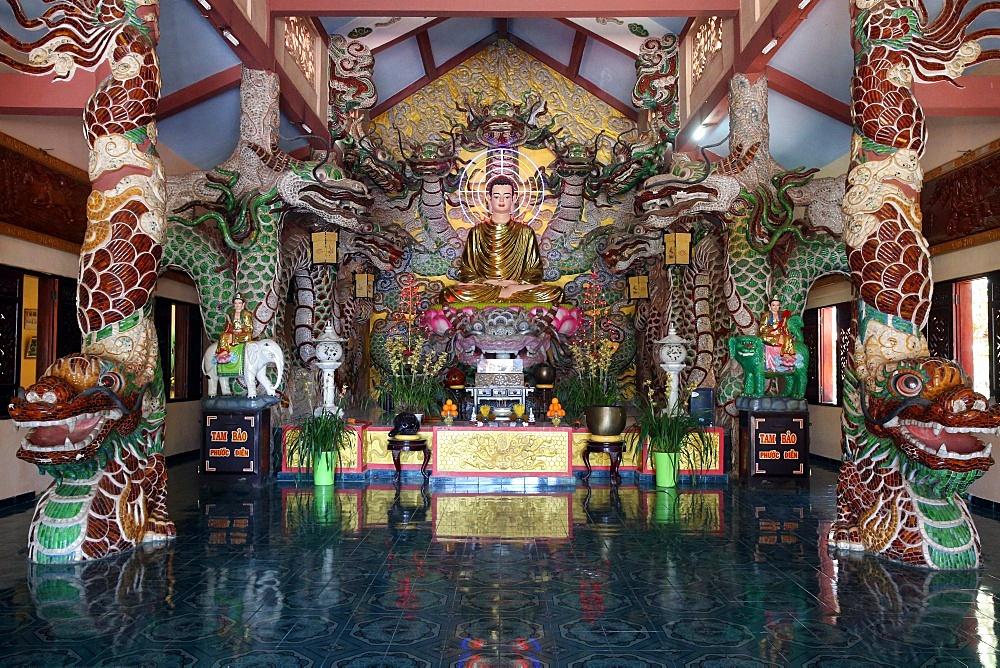 Van Hanh zen buddhist monastery. Main alatar. Shakyamuni Buddha statue. Dalat. Vietnam.