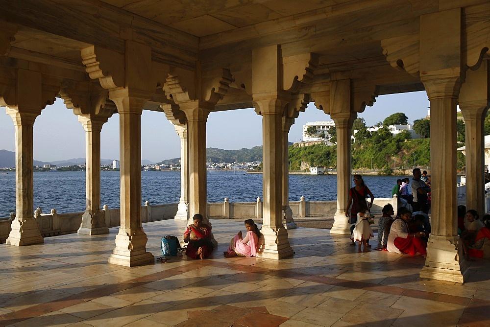 Baradari built by Shah Jahan at Lake Anasagar, Ajmer, Rajasthan, India, Asia - 809-7286