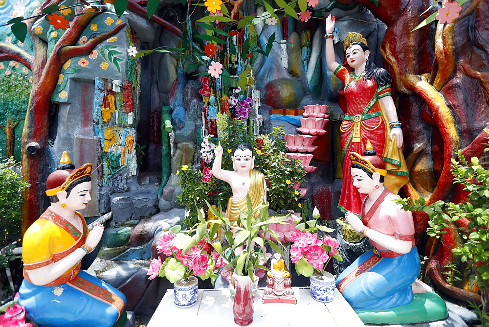 Prince Siddhartha Gautama, Buddha as a child, Phap Van Buddhist Temple, Ho Chi Minh City, Vietnam, Indochina, Southeast Asia, Asia - 809-7423