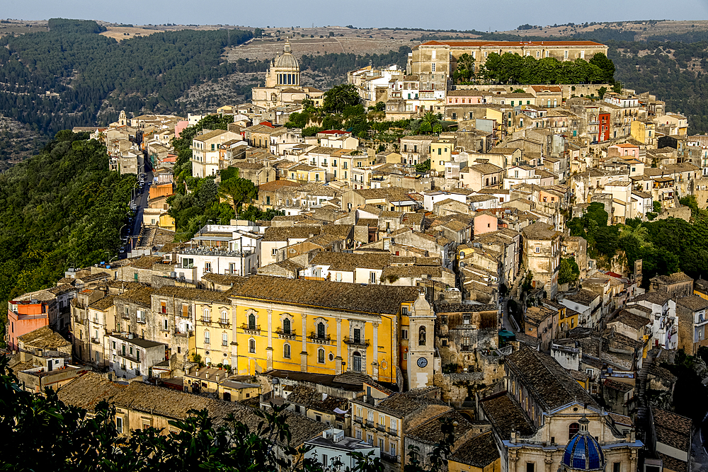 View of Ragusa Ibla, UNESCO World Heritage Site, Sicily, Italy, Mediterranean, Europe