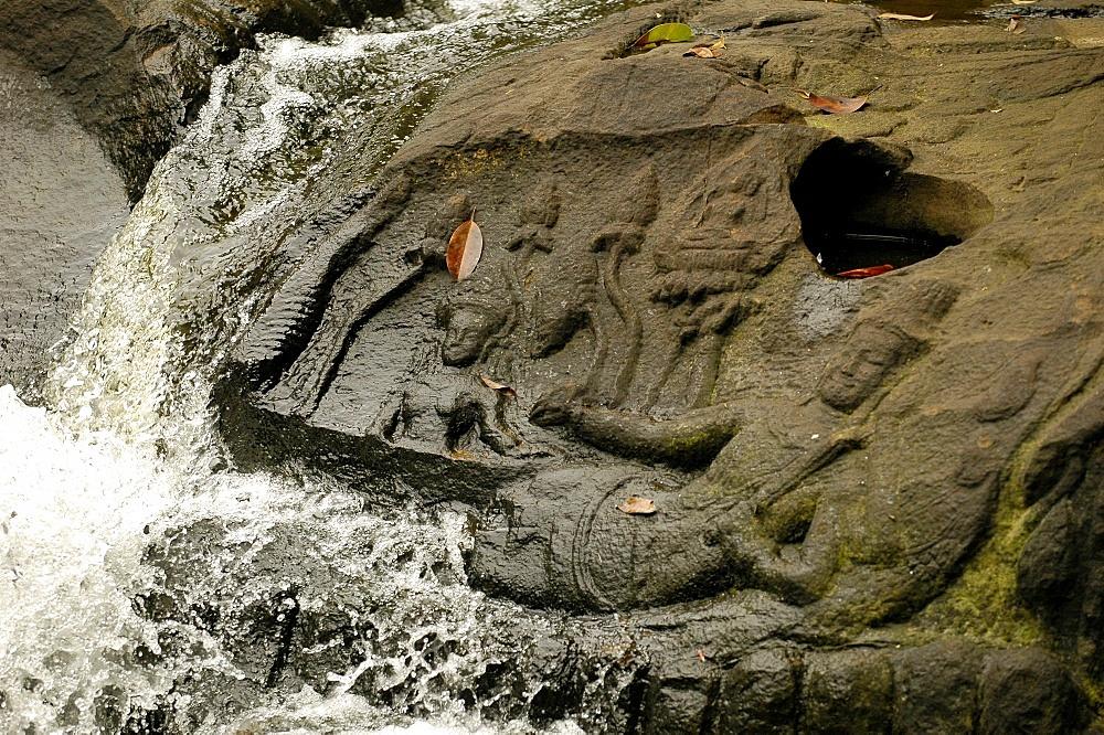 Kbal Spean Buddhist river sculptures, Siem Reap, Cambodia, Indochina, Southeast Asia, Asia