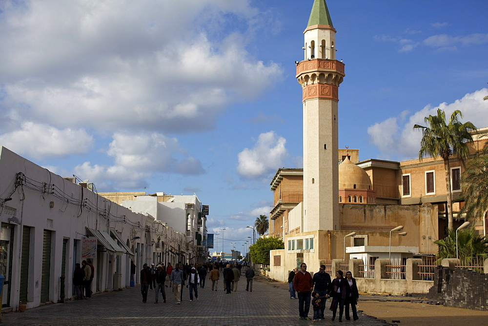 People at the gate of the suk in the medina, Tripoli, Libya, North Africa, Africa