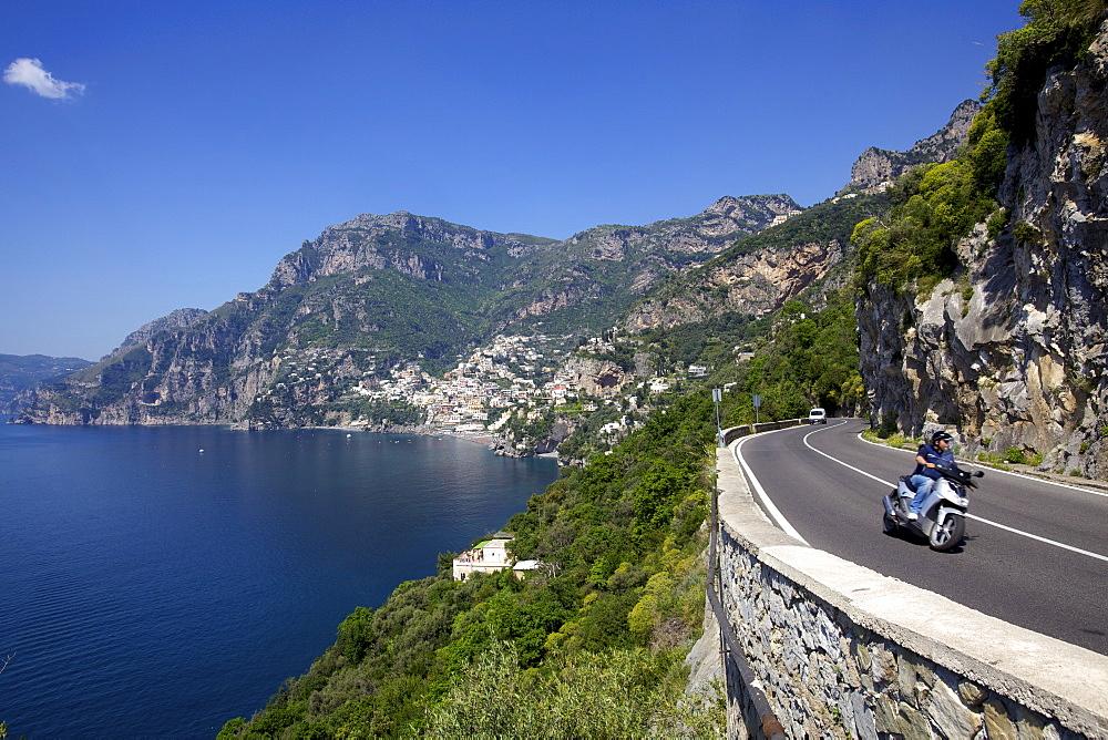 The bay and the village of Positano on the Amalfi Coast, UNESCO World Heritage Site, Campania, Italy, Europe