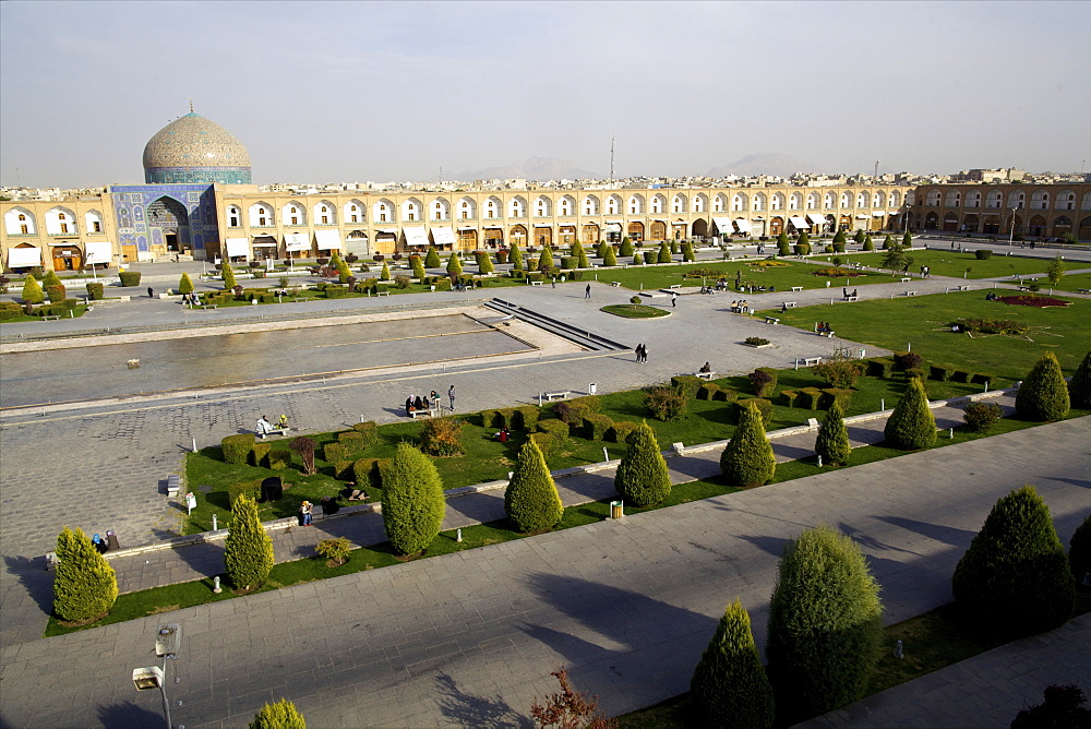 View over the Royal Square, UNESCO World Heritage Site, and the Sheikh Lotf Allah  Mosque of Isfahan, Iran, Middle East - 814-1514
