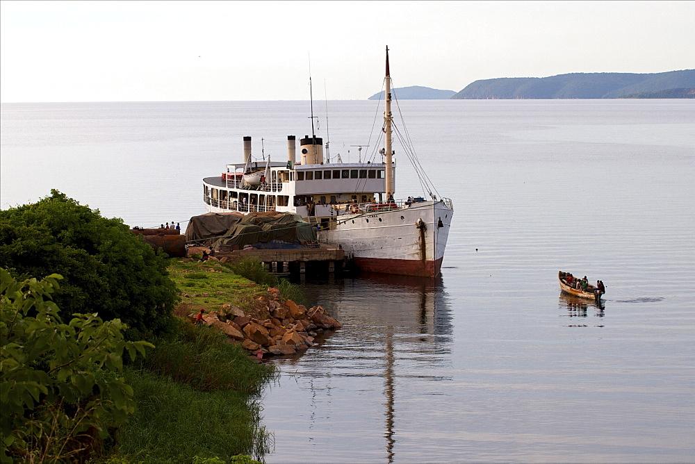 Kasanga, Lake Tanganyika, Tanzania, East Africa, Africa - 814-1536