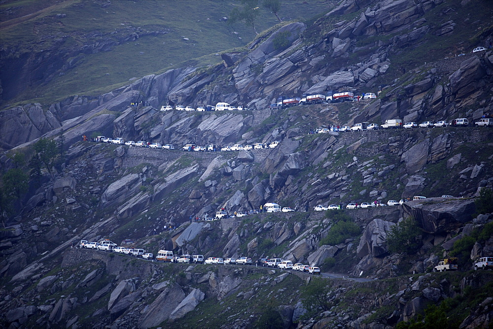On Rohtang Pass road, traffic jam at 5 in the morning, close to Manali, road from Manali to Leh, Himachal Pradesh, India, Asia - 814-1563