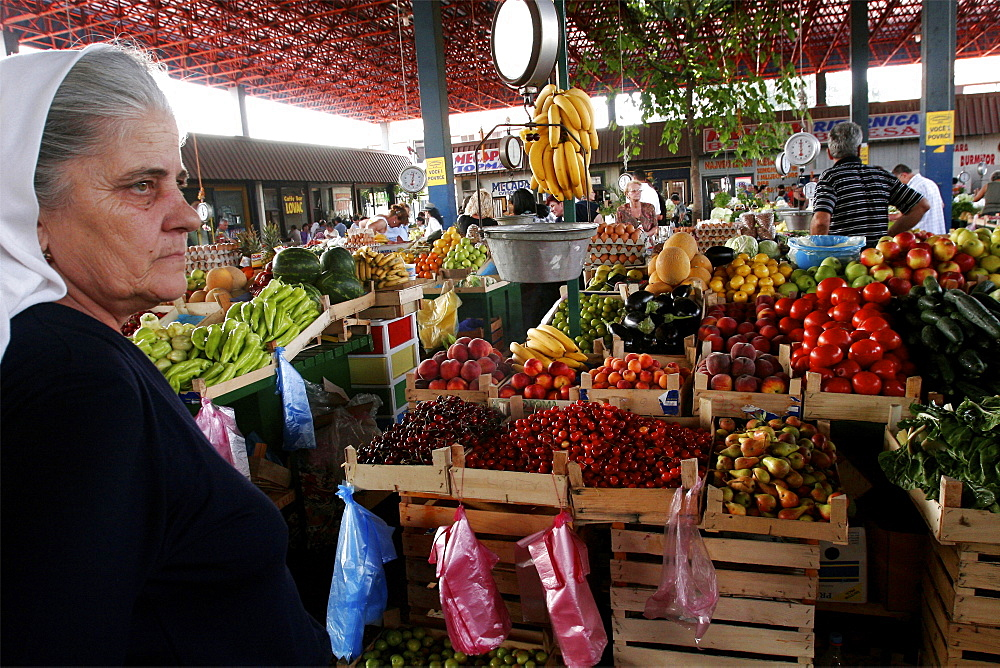 The great market of Bar, where arrive goods from all parts of the country, Montenegro, Europe