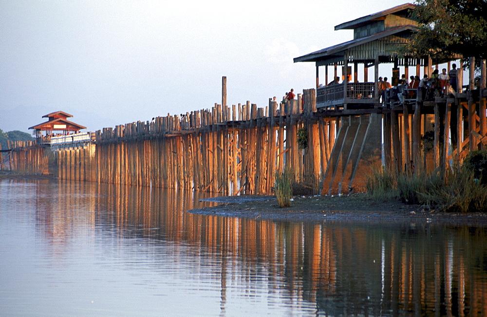 U-Bein Bridge, the longest teak bridge in the world, Amarapura, Myanmar (Burma), Asia