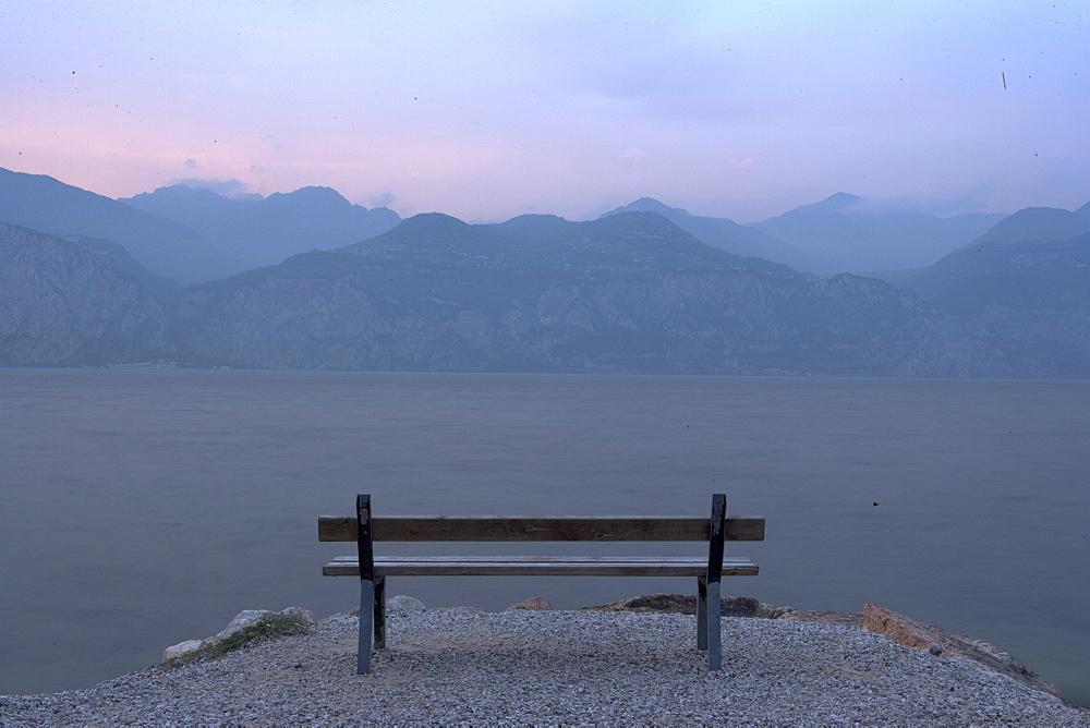 Lake Garda, Italian Lakes, Italy, Europe - 815-2121