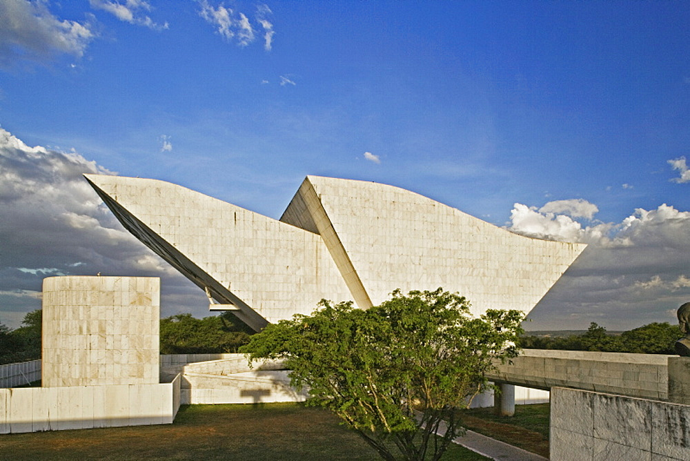 Panteaoda Liberdade e da Democracia, architect Oscar Niemeyer, Brasilia, UNESCO World Heritage Site, Brazil, South America - 815-926