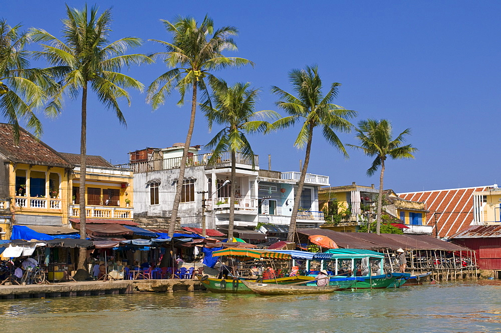 View of Hoi An, UNESCO World Heritage Site, Hoi An, Vietnam, Indochina, Southeast Asia, Asia