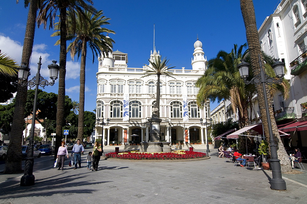 Colonial buildings in Las Palmas, Gran Canaria, Canary Islands, Spain, Europe - 816-1117