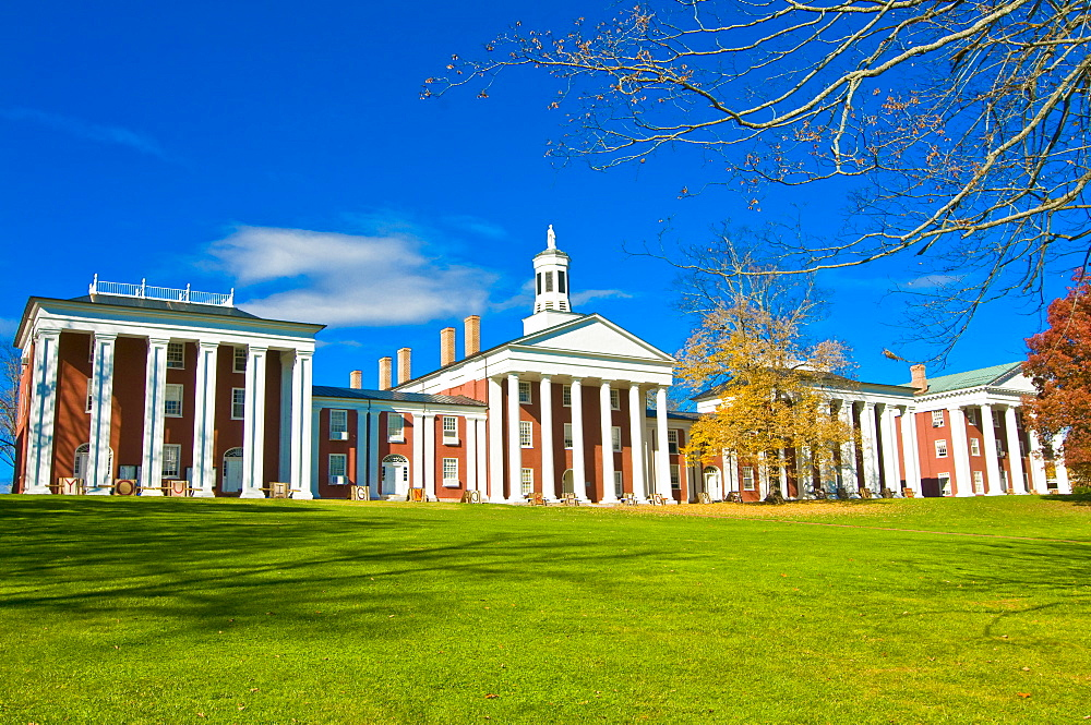 Colonial buildings, part of the Military College in Lexington, Virginia, United States of America, North America