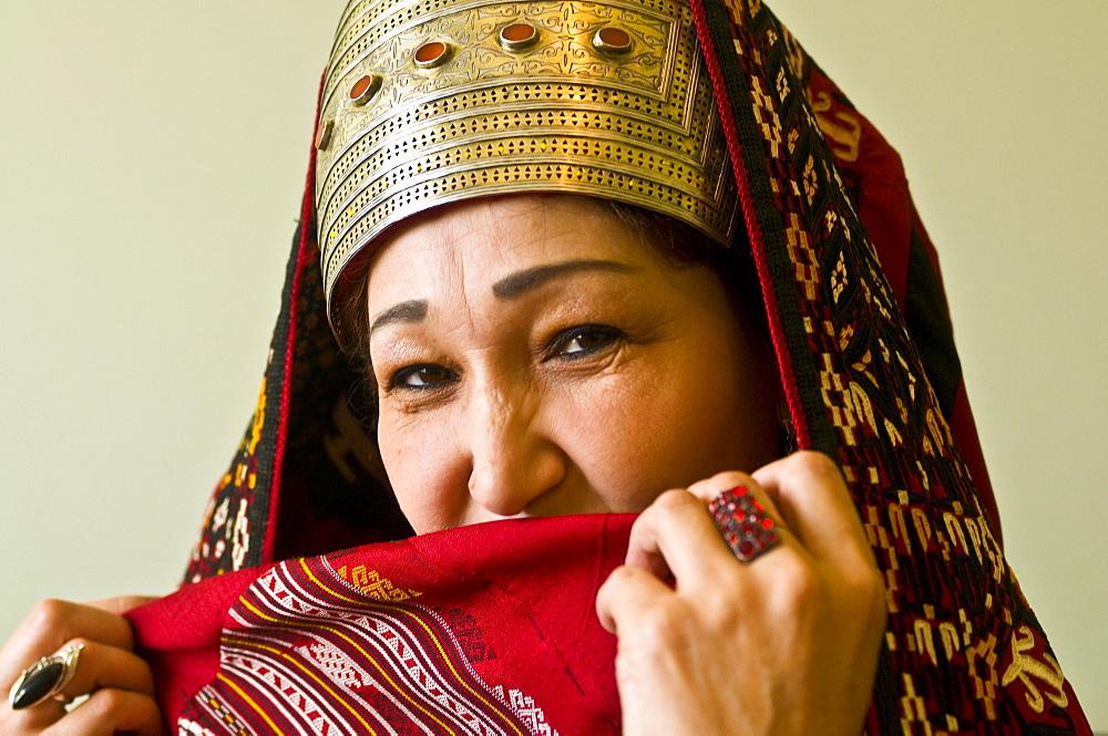 Traditionally dressed Turkmen woman, Ashgabad, Turkmenistan, Central Asia