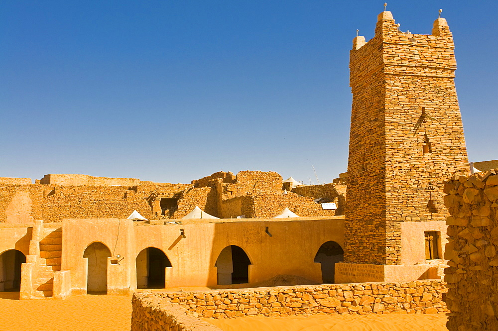 Ksar or medieval trading centre of Chinguetti, UNESCO World Heritage Site, Northern Mauritania, Africa