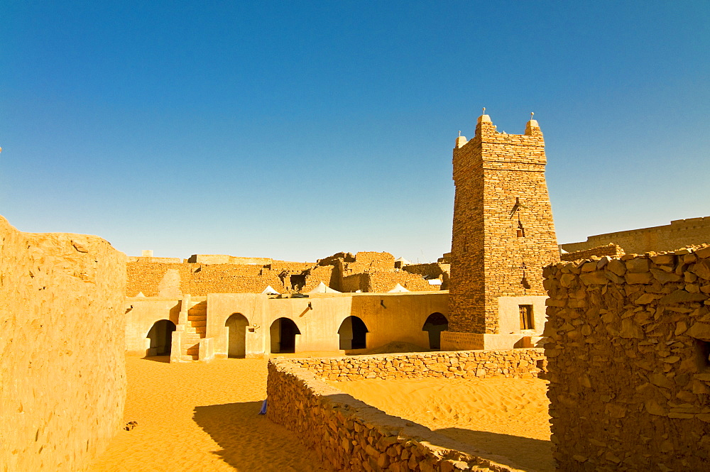 The Great Friday Mosque, UNESCO World Heritage Site, Chinguetti, medieval trading centre in northern Mauritania, Africa