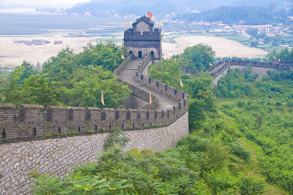 The Great Wall of China near Dandong, UNESCO World Heritage Site, bordering North Korea, Liaoning, China, Asia