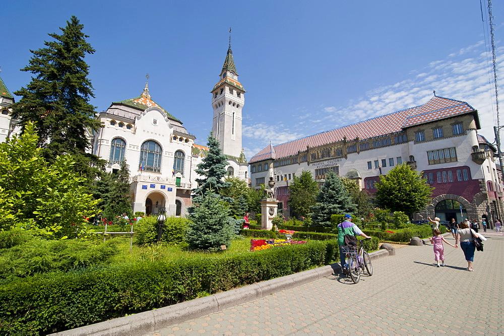County Council Buidling, Targu Mures (Neumarkt), Transylvania, Romania, Europe
