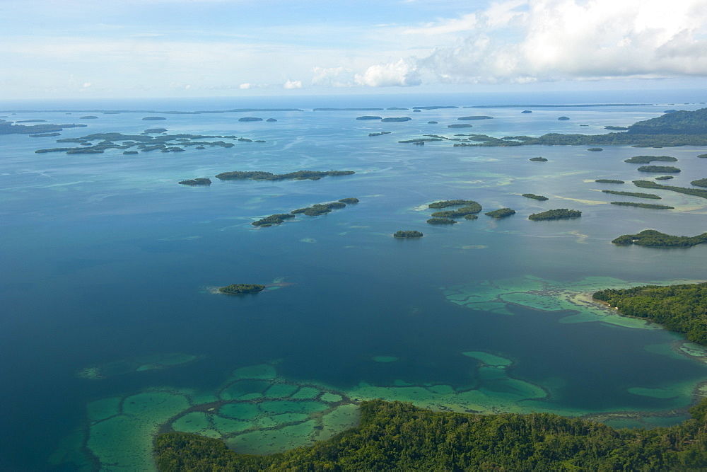 Aerial of the Marovo Lagoon, Solomon Islands, Pacific