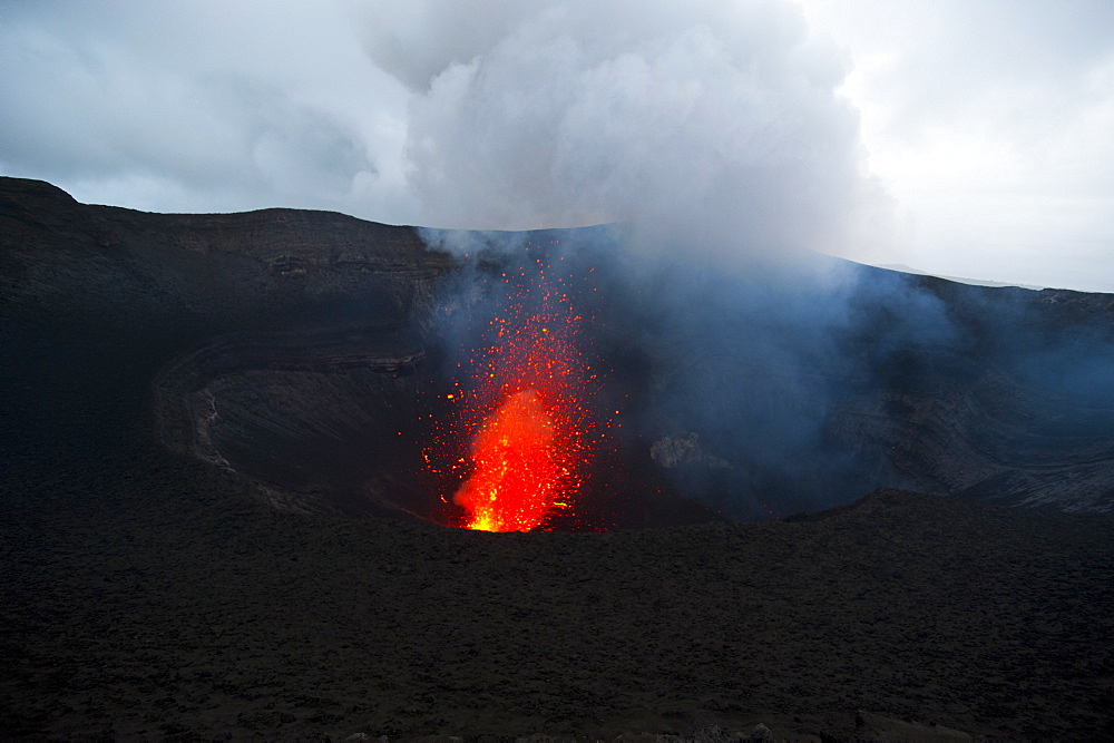 Volcano eruptions at the Volcano Yasur, Island of Tanna, Vanuatu, South Pacific, Pacific