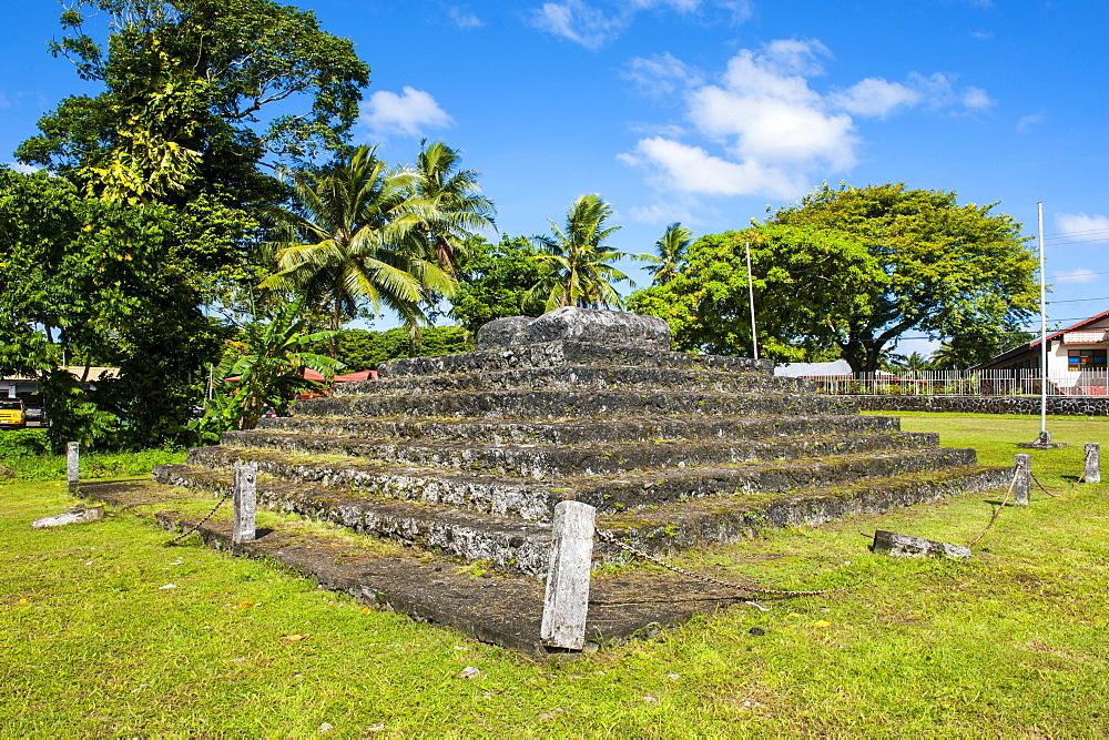 Tia Seu Lupe, burial mound, American Samoa, South Pacific, Pacific