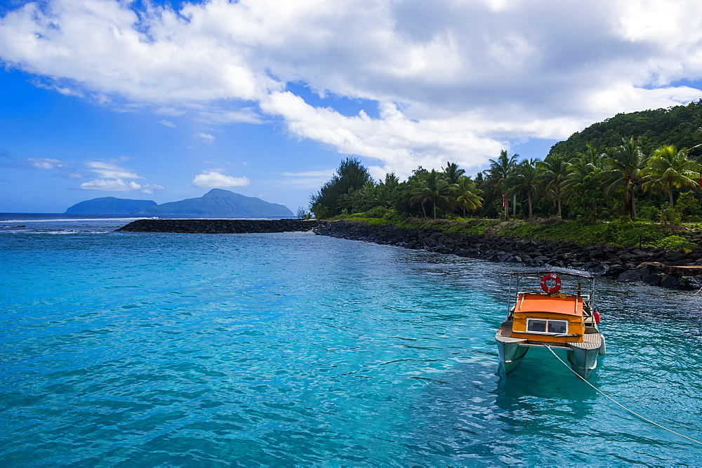 The little harbour of Tau Island, Manua Island group, American Samoa, South Pacific, Pacific