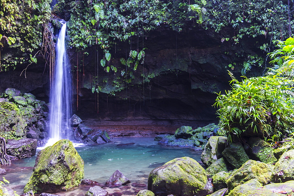 Waterfall splashing in the Emerald Pool in Dominica, West Indies, Caribbean, Central America