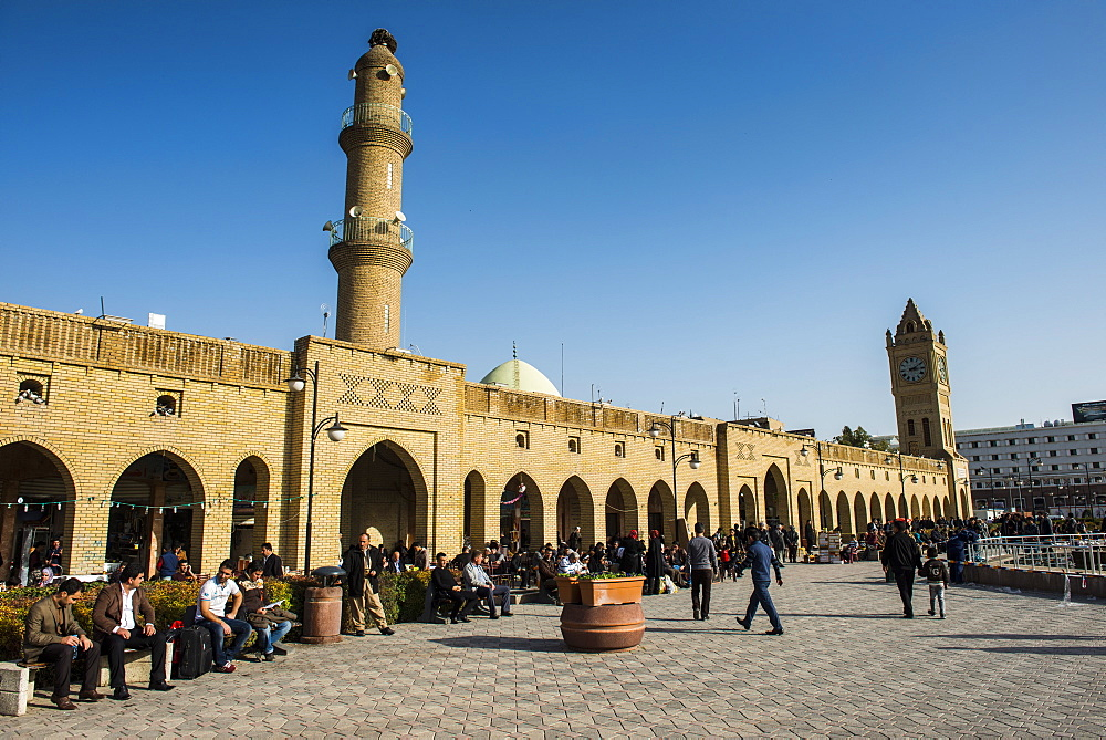 Huge square with below the citadel of Erbil (Hawler), capital of Iraq Kurdistan, Iraq, Middle East