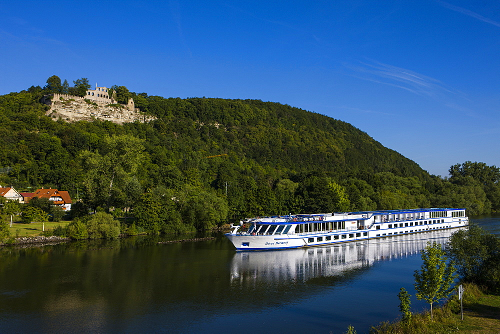 Cruise ship on the Main valley, Franconia, Bavaria, Germany, Europe
