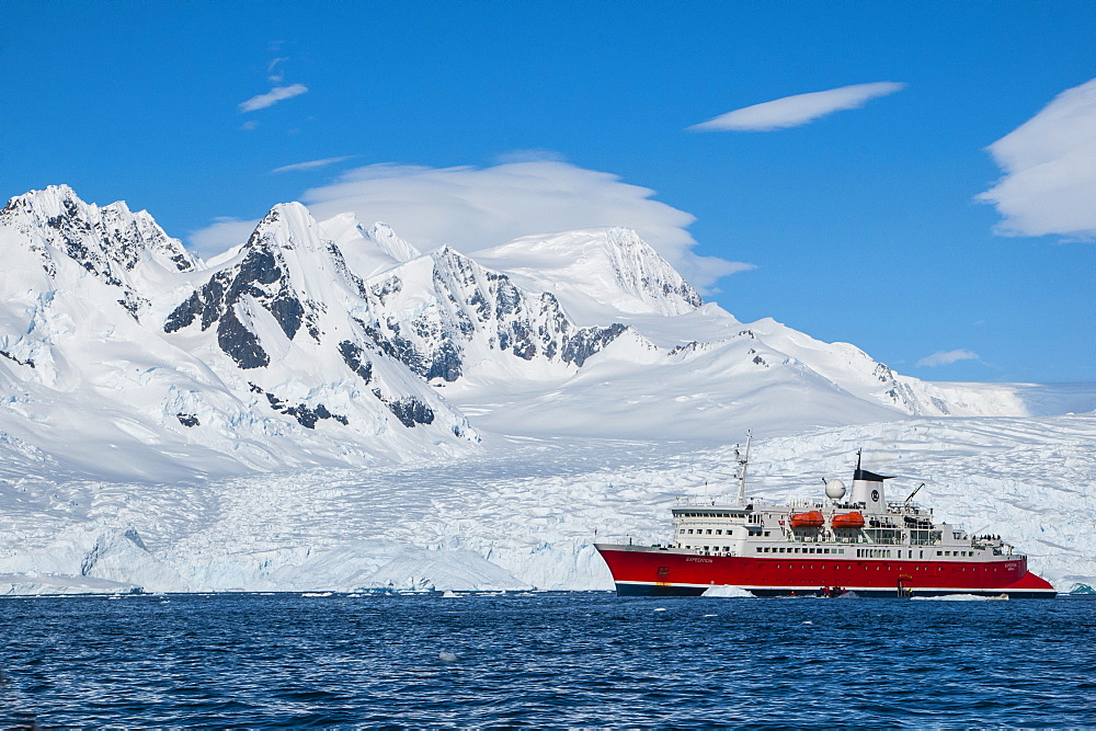 Cruise ship in front of the glaciers of Cierva Cove, Antarctica, Polar Regions