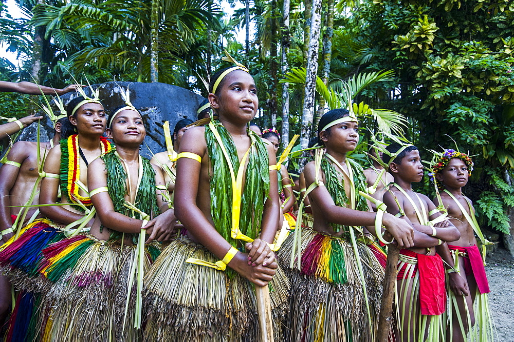 Traditionally dressed islanders posing for the camera, Island of Yap, Federated States of Micronesia, Caroline Islands, Pacific