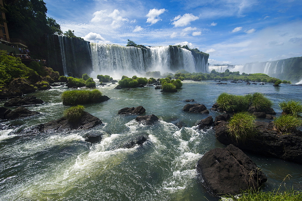 Foz de Iguazu (Iguacu Falls), the largest waterfalls in the world, Iguacu National Park, UNESCO World Heritage Site, Brazil, South America - 816-4987