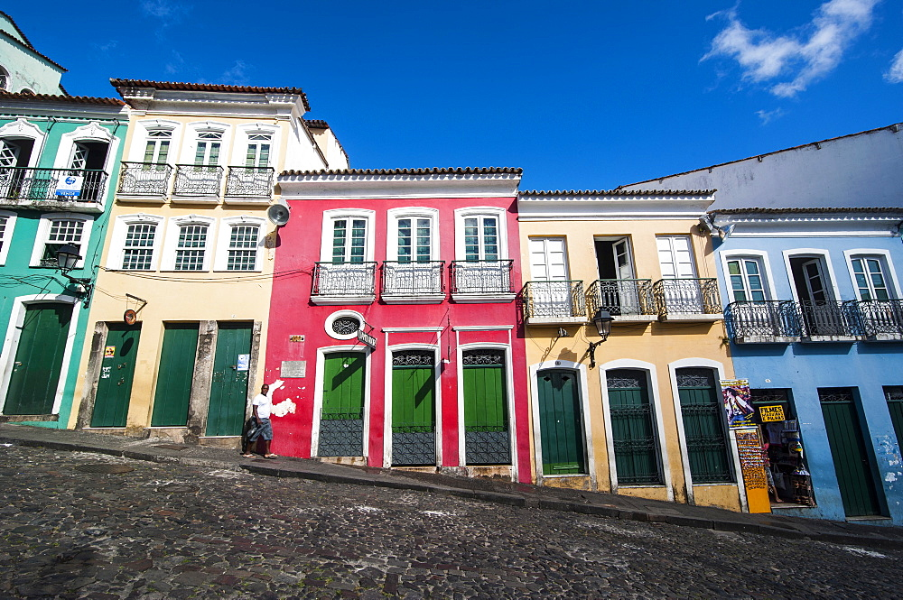 Colonial architecture in the Pelourinho, UNESCO World Heritage Site, Salvador da Bahia, Bahia, Brazil, South America  - 816-5072